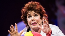 TED: Ruby Wax: What&#39;s so funny about mental illness? - Ruby Wax (2012)
