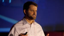 TED: Matt Killingsworth: Want to be happier? Stay in the moment - Matt Killingsworth (2011)