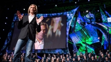 TED: Eric Whitacre: Virtual Choir Live - Eric Whitacre (2013)